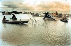 চিত্র:Flood4.jpg